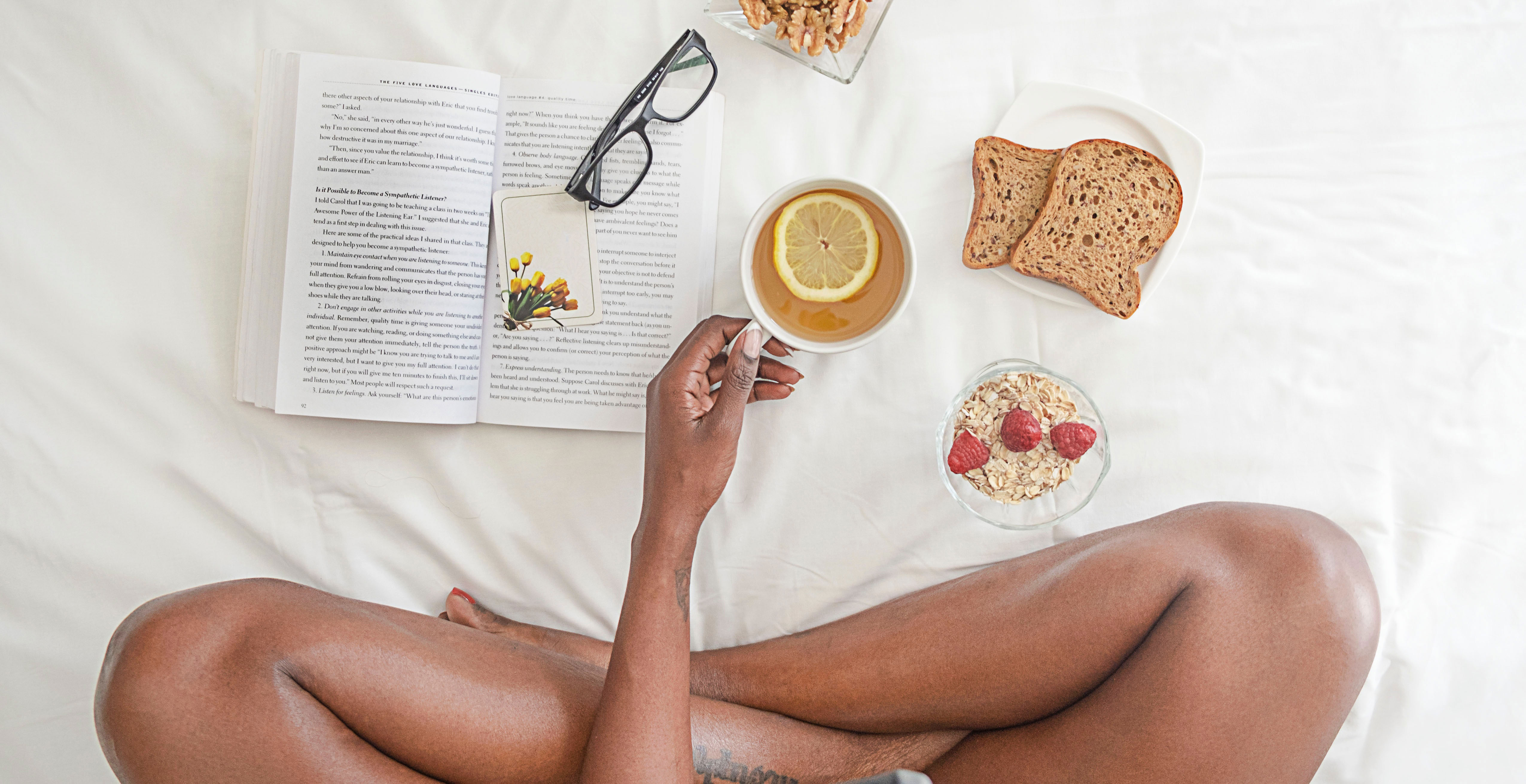 bed-book-breads-1065588