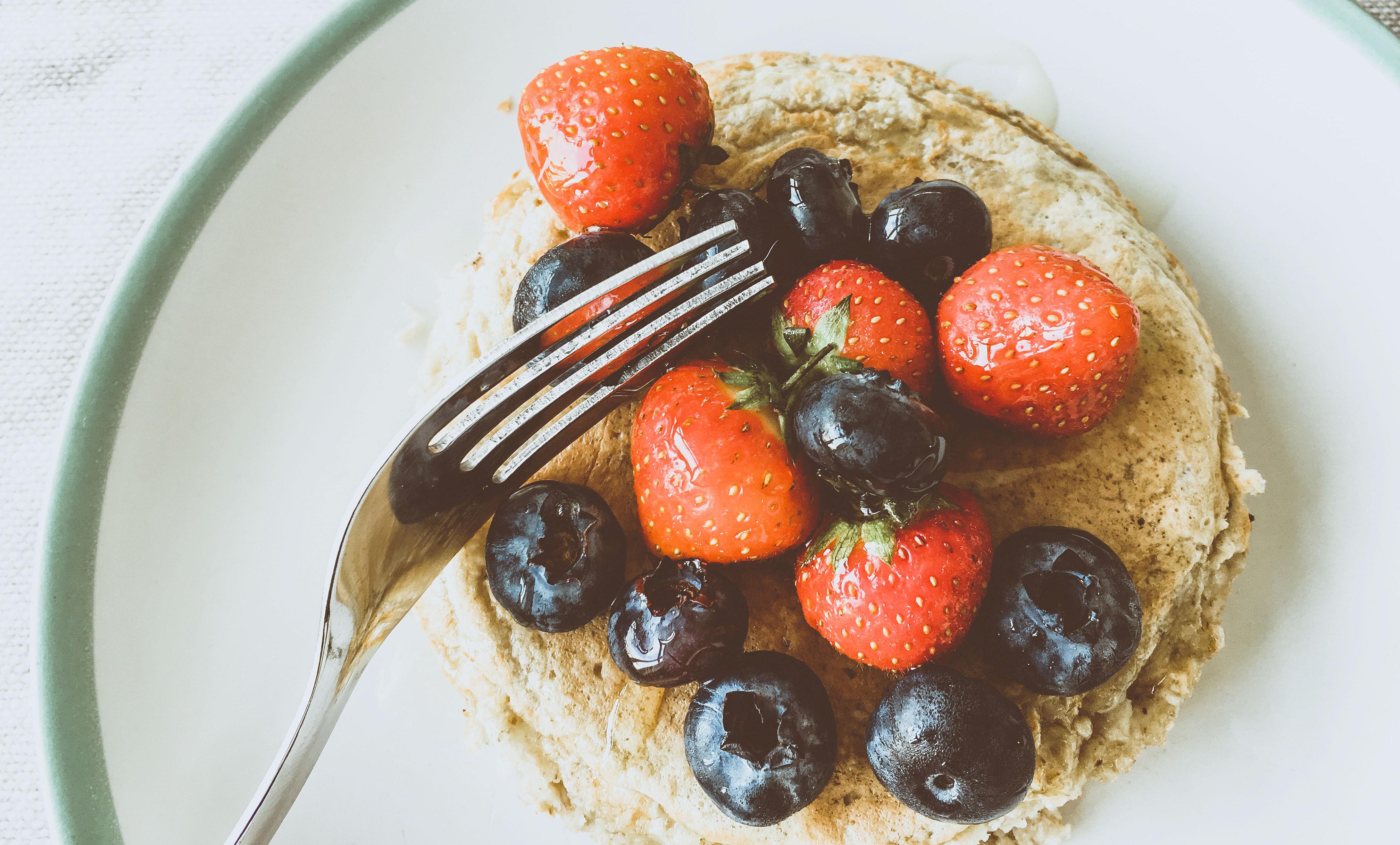 berries-blueberries-delicious-1427801
