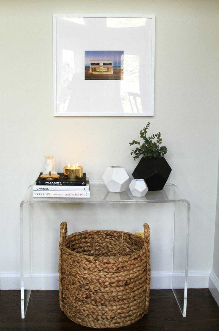 5c69d5e1da332c7a83d73010d0f6c33d-small-corner-decor-entryway-console-table